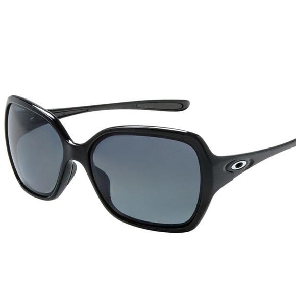 c975801a22 Oakley Overtime Polarized Women s Sunglasses. M 5a7947c41dffdac784a8741f